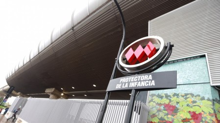 Manifestaciones obligan a cerrar estación de Metro en Puente Alto