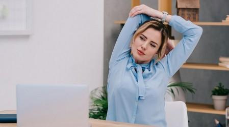 Haz ejercicios de relajación durante tu jornada laboral para realizar un óptimo teletrabajo