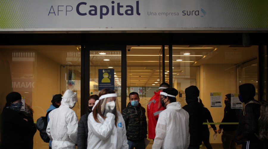 Aprueban legislar proyecto de segundo retiro de 10% de AFP