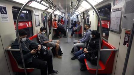 Cambios toque de queda: Metro de Santiago anuncia extensión de su horario