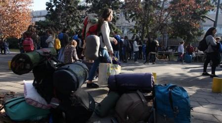 Sueldos desde $518.000 mensuales: Servicio País ofrece trabajo a jóvenes en zonas aisladas