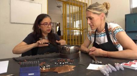 Virginia de María conoció la técnica del trabajo en greda en Pomaire