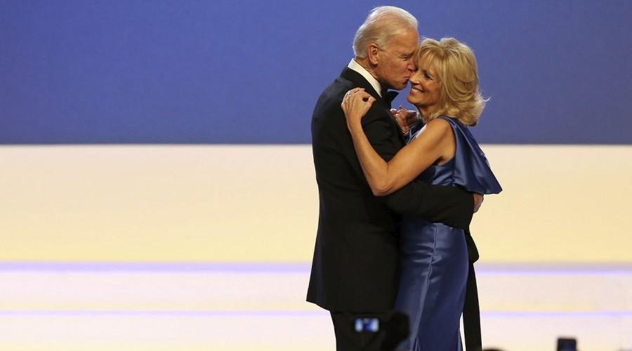 Joe Biden llegará con hijos, nietos y sus dos perros a la Casa Blanca