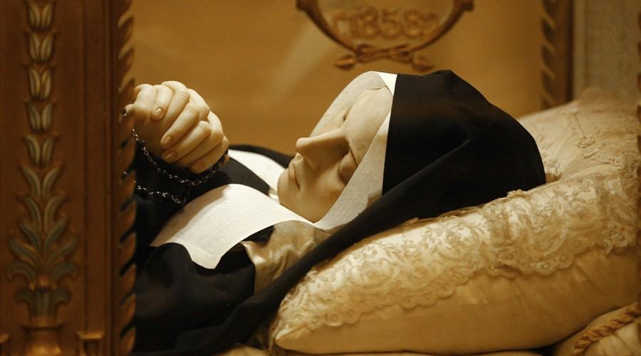 Reportajes MG: La historia de Santa Bernadette y sus milagros