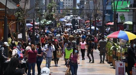 Cambios plan Paso a paso: 5 comunas de la RM avanzan a Apertura Inicial