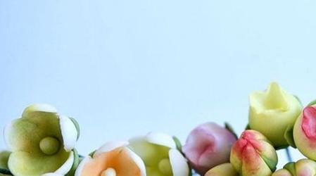 """El emprendimiento chileno """"La Púrpura de la Rosa"""" ofrece pasteles en diseños florales"""