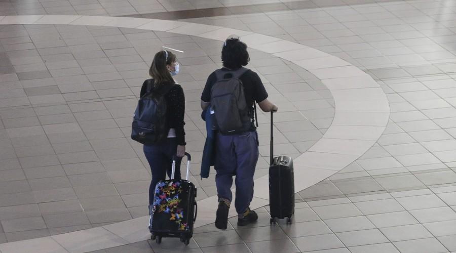 Solo se necesita el pasaporte sanitario: Ya no se solicitará el permiso interregional para viajar