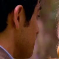 Camilo quiere recuperar a María Elsa
