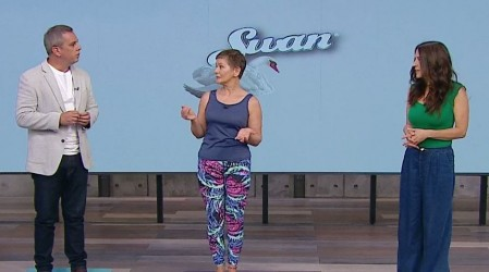 Cheryl dictó una cátedra de Yoga en Mucho Gusto