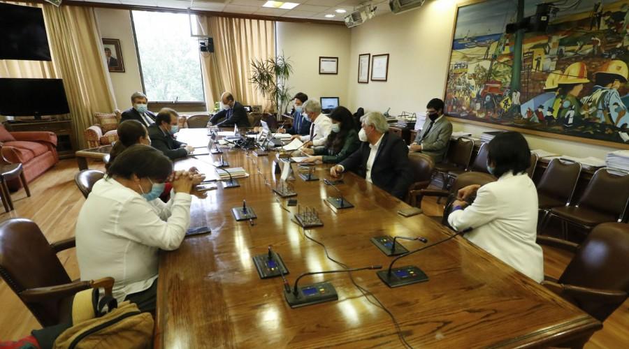 Segundo retiro 10%: Comisión de Trabajo aprueba en general proyecto del Gobierno