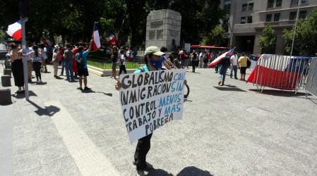 Incidentes en el centro de Santiago: Revisa los cortes de tránsito y el cierre de estaciones de metro