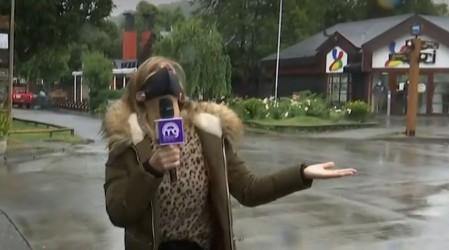 A horas del eclipse total: Diana Bolocco reporta lluvia en Pucón