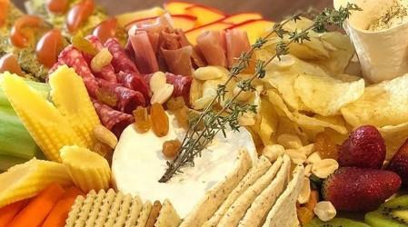 """""""Tablas Buen Paladar"""": El emprendimiento que ofrece variedad en cóctel gourmet para celebrar este fin de año"""