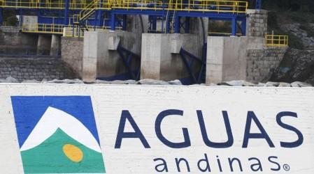 Cierran proceso judicial por cortes de 2016 y 2017: Aguas Andinas compensará a más de un millón de clientes