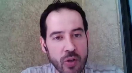 Entrevista a Marco Espíldora, director de la Sociedad de Geriatría y Gerontología de Chile