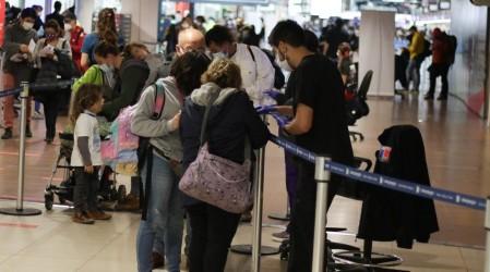 10 días de cuarentena: La nueva medida impuesta para chilenos y extranjeros que ingresen al país
