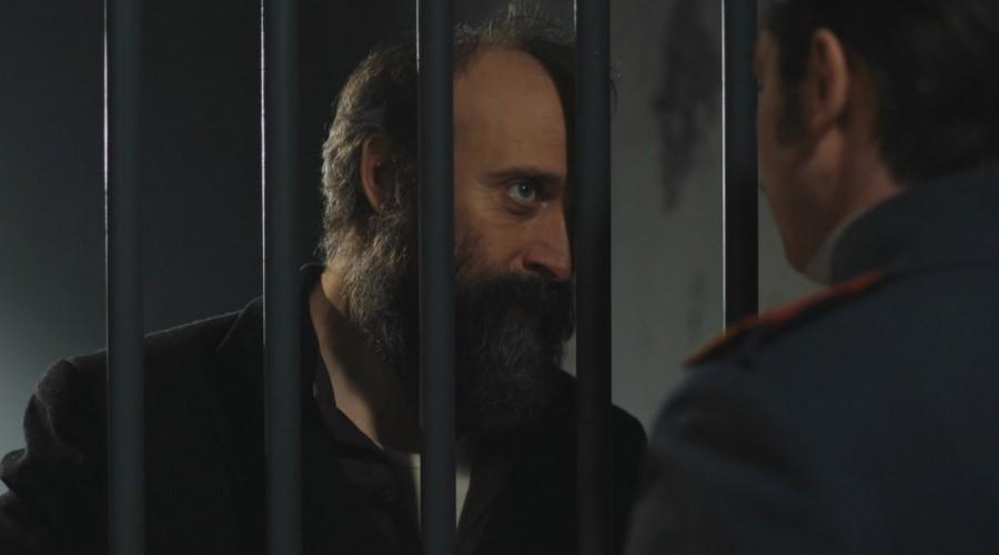 Avance extendido: Cevdet le pedirá ayuda a León