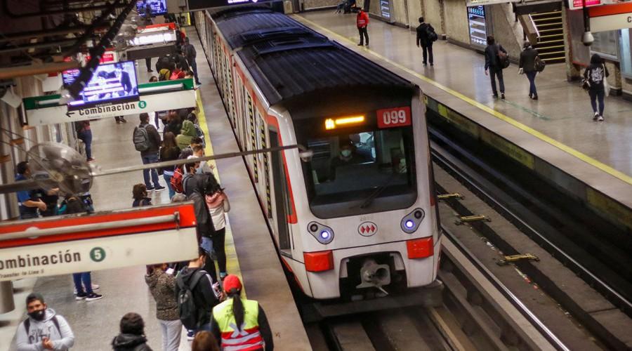 Estos son los horarios especiales de Metro para el 31 de diciembre