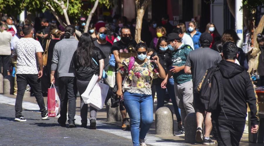 Puertos Montt e Iquique lideran: Estas son las comunas con más casos activos de Coronavirus en Chile