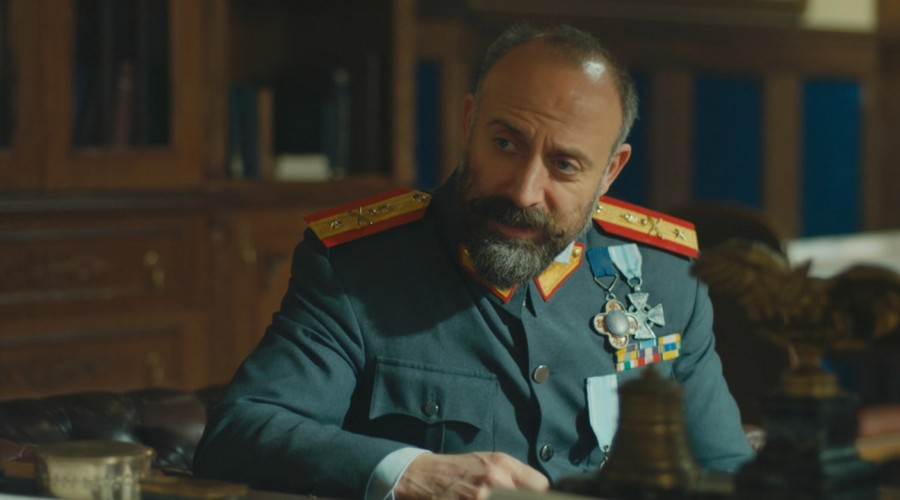 El reencuentro de Cevdet y Azize (Parte 2)
