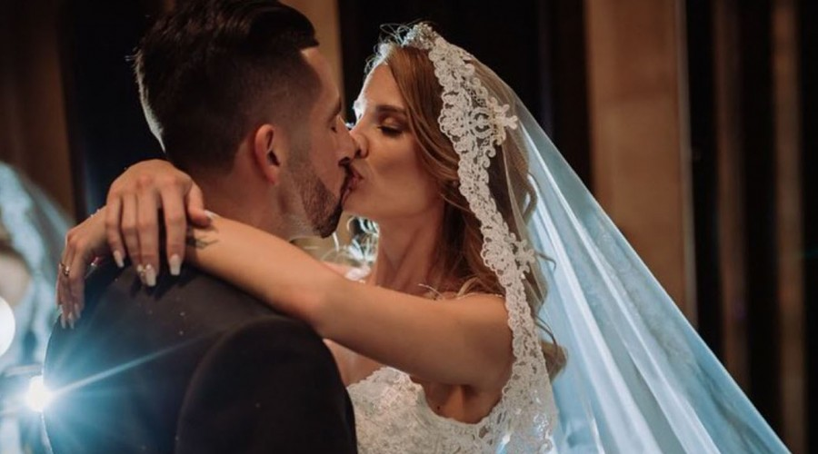 """""""Gracias por todo lo que me has enseñado"""": Gala Caldirola y Mauricio Isla celebran su primer año de matrimonio"""