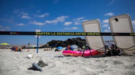 Gobierno busca restringir aforo en las playas del país