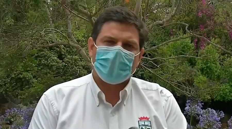 Fiesta clandestina en Cachagua: Alcalde de Zapallar anunció querella contra los que resulten responsables