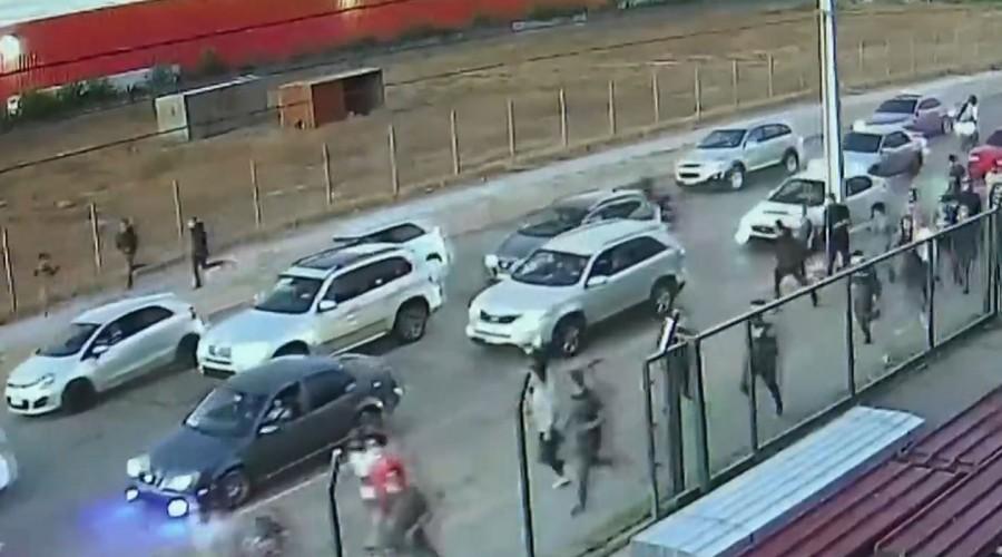 Denuncia ciudadana permitió detener a 25 personas que participaban en una carrera clandestina en Maipú