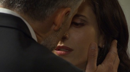 El beso entre Leonardo y Rocío que celebraron los fans de Verdades Ocultas