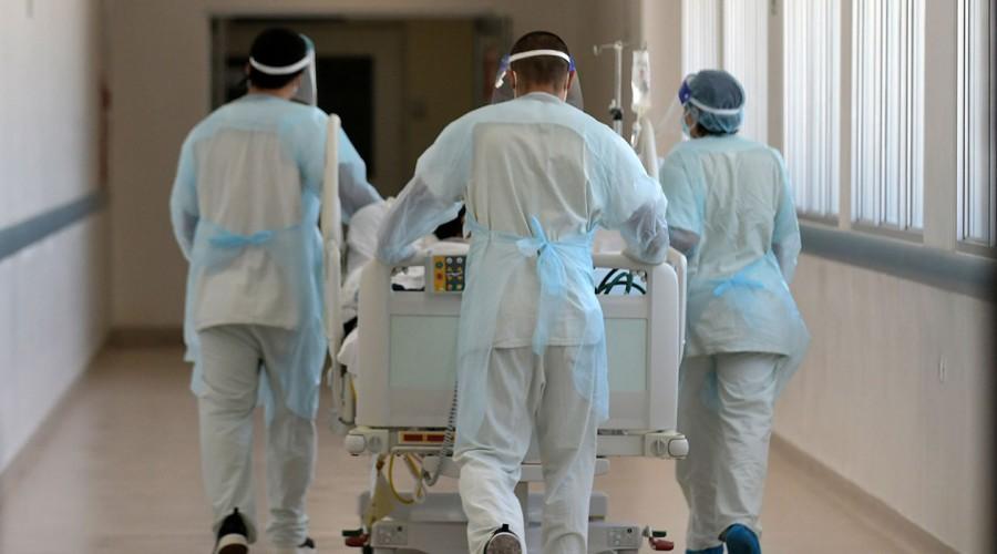 Región Metropolitana y de Los Lagos lideran en cantidad de casos nuevos de coronavirus