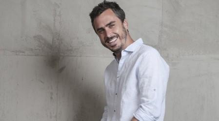 """Pablo te amo"": Seguidores de Edificio Corona alaban personaje de Nico Oyarzún"