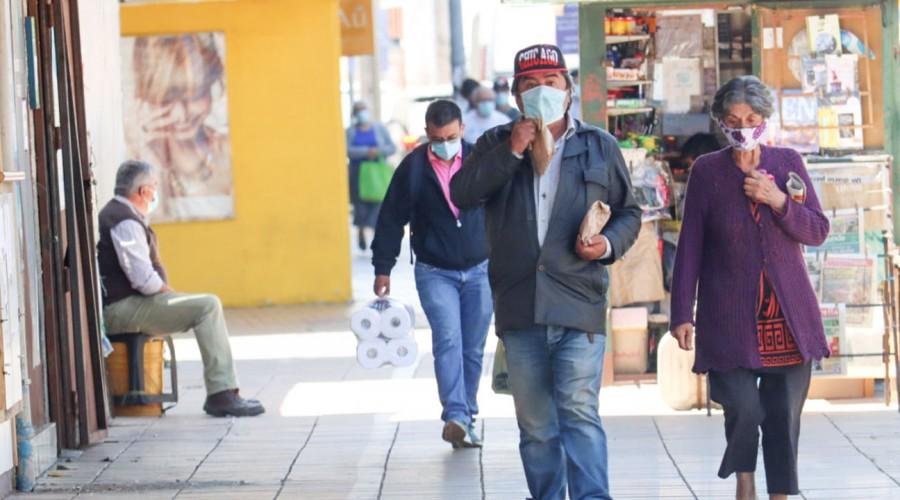 Antofagasta y Puerto Montt son las más afectadas: Estas son las comunas con más casos activos en Chile