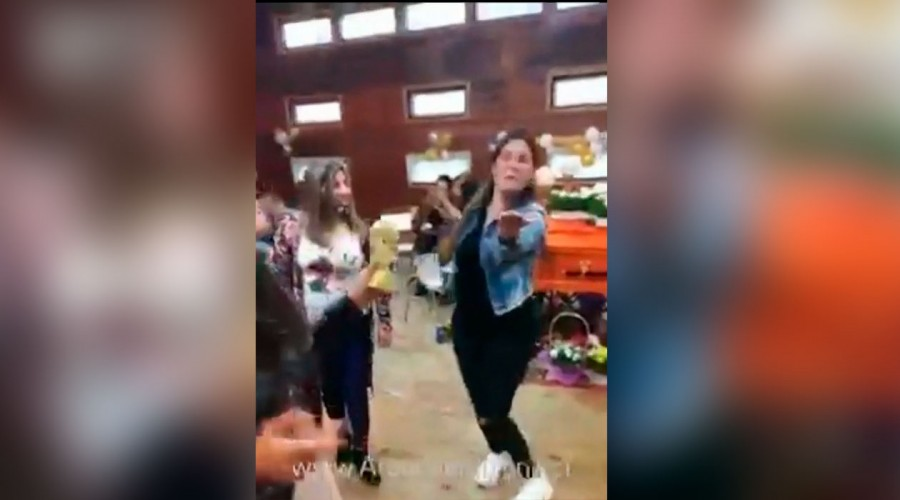 Autoridades investigan velorio bailable en Puerto Montt en plena cuarentena