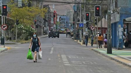 Nuevas cuarentenas: Estas son las 87 comunas que se encuentran en confinamiento total en Chile