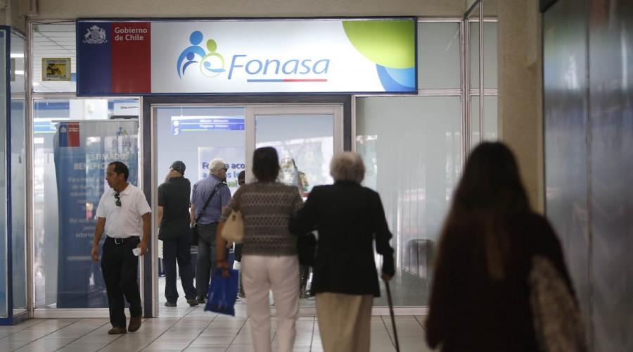 Revisa aquí cuando comenzará la devolución de excesos de Fonasa