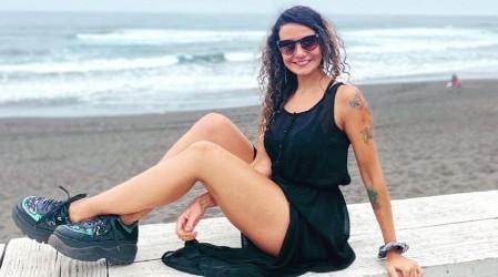 """""""Cada día más hermosa"""": Mónica Soto enciende a sus seguidores con fotos en la playa"""