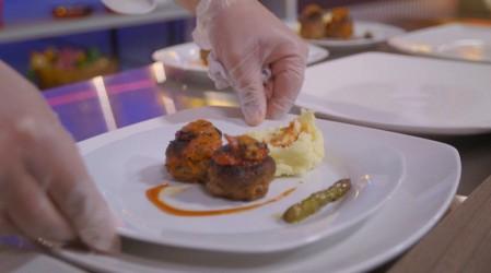 Presentación, sabor y eficacia en la cocina de Copa Culinaria Carozzi