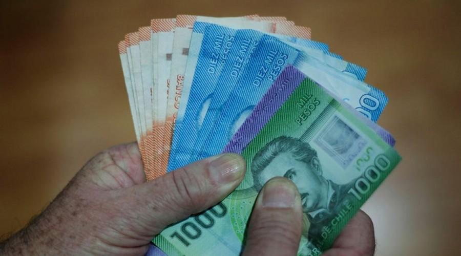 Subsidio para madres y padres trabajadores: Revisa los requisitos para postular a los $ 200 mil