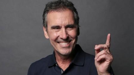 """Cristián Campos lo interpretará: Este será el aspecto de Tomás Valencia en """"Verdades Ocultas"""" 25 años después"""