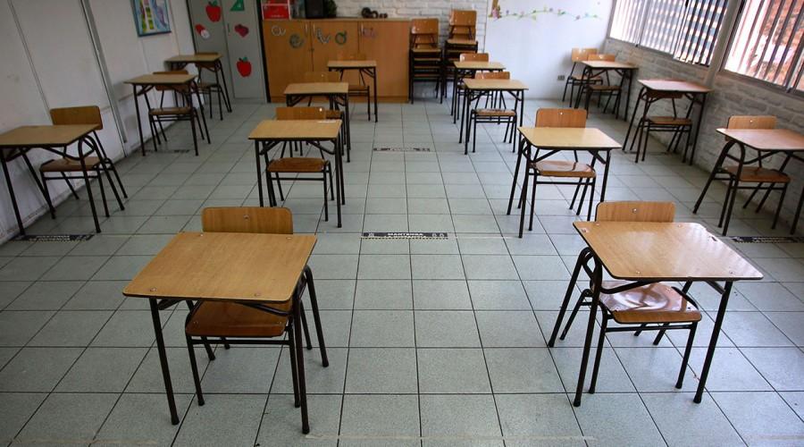 Santiago se suma a las comunas que no volverán a clases presenciales el 1 de marzo