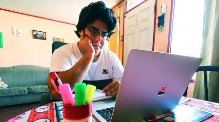 Banco ofrece 5.000 becas para estudiar el inglés desde casa