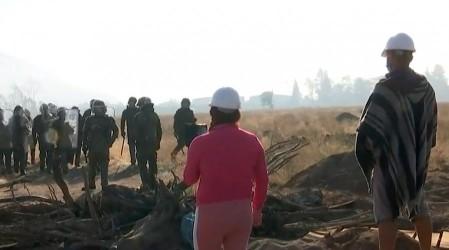 Carabineros desaloja a 200 familias en toma de Renca
