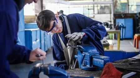 Revisa el monto y cómo postular a la Beca Práctica Técnico Profesional 2021