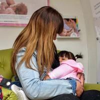 Madres en lactancia y nodrizas podrán ser vacunadas contra el Covid-19