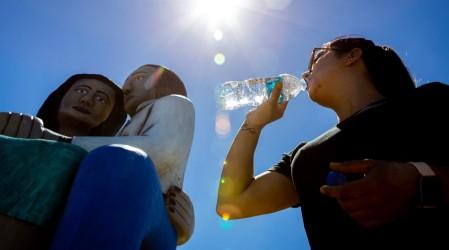 Meteorología anuncia altas temperaturas desde Valparaíso hasta el Maule para la tarde de este lunes