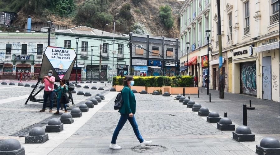 Plan Paso a Paso: 23 comunas del país retroceden a cuarentena este jueves 11