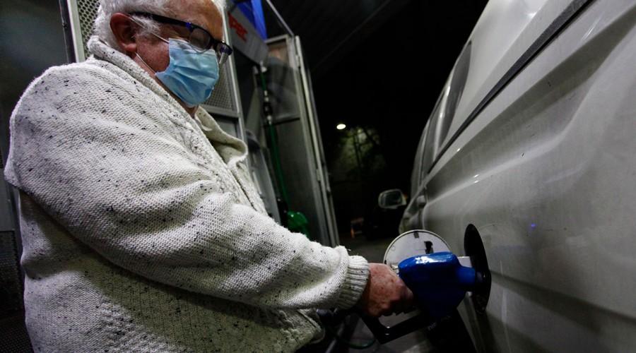 Revisa cuánto aumentó el precio de las bencinas este jueves 11 de marzo