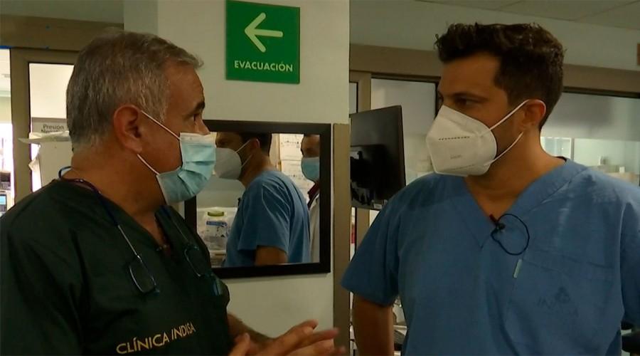Un día en la UCI: Simón Oliveros acompañó al doctor Ugarte tras aumento de casos de coronavirus