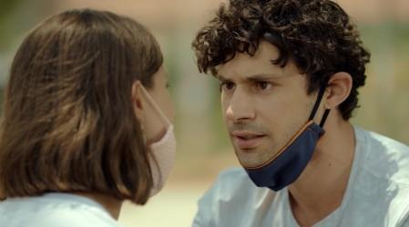 Julián se enteró que Cata está embarazada