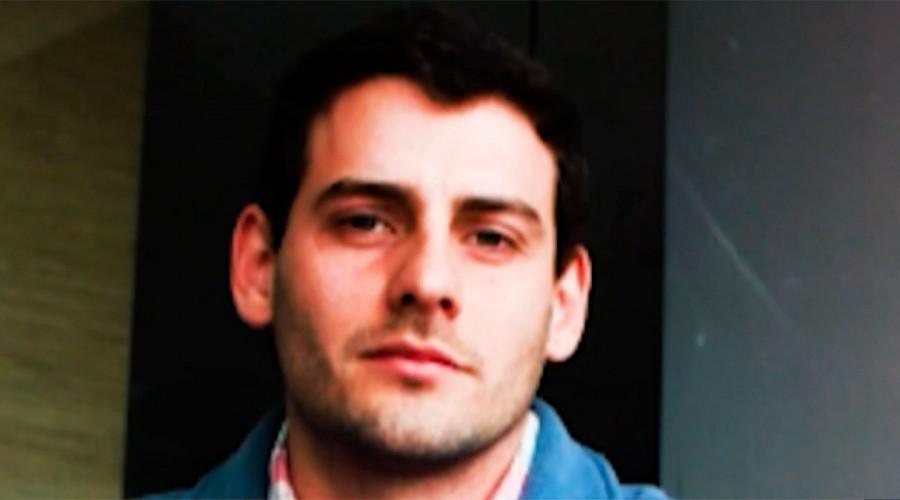 Drogas y comentarios despectivos a las mujeres: Revelan archivos borrados del celular de Martín Pradenas